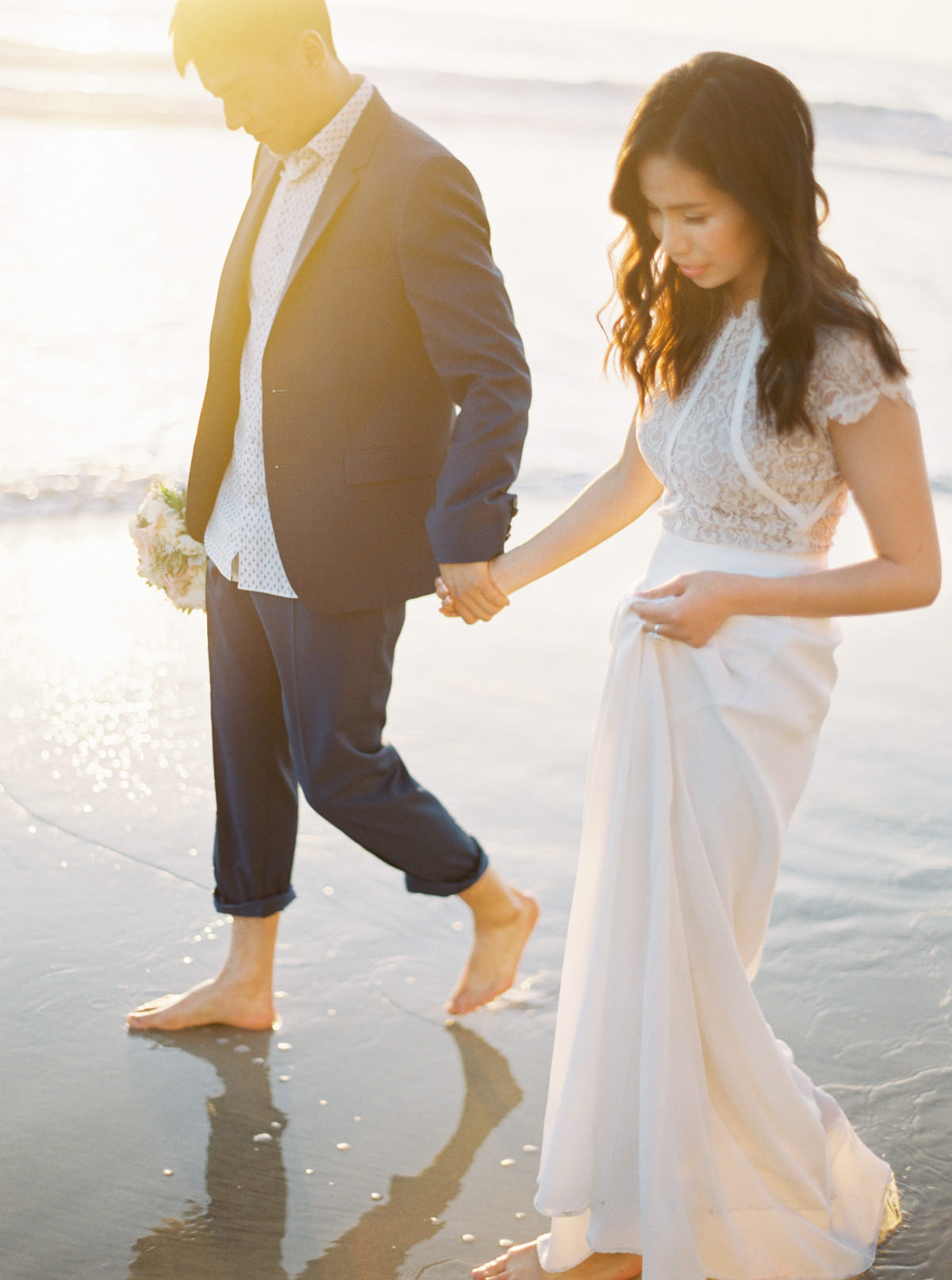sunset bride and groom San Diego Engagement photo by Matoli Keely Photography