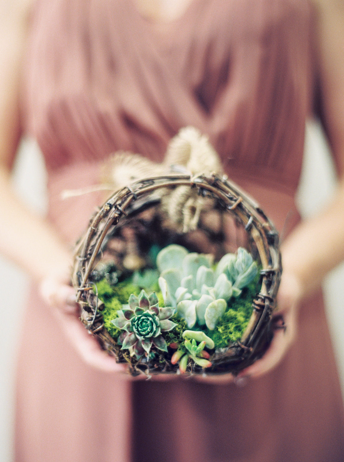 succulent bouquet photo by Matoli Keely Photography