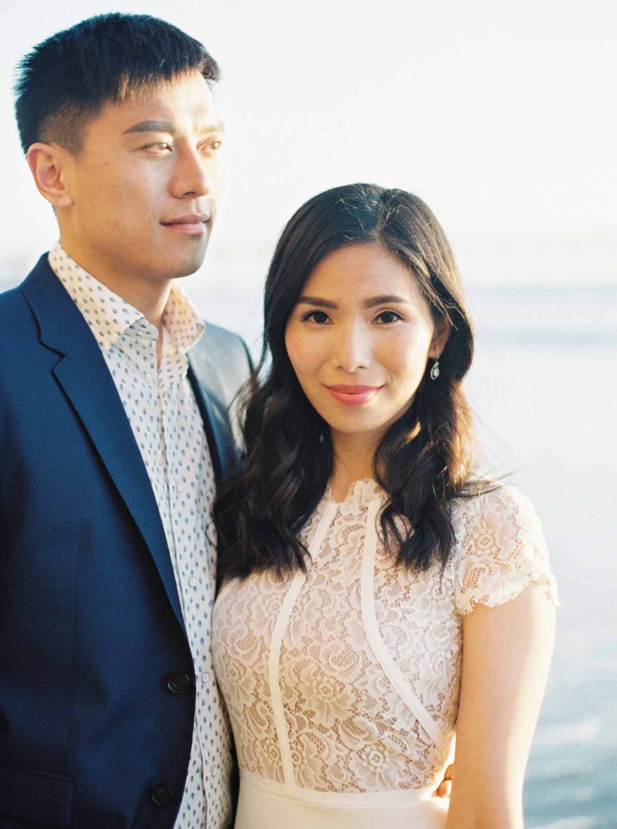 gorgeous asian bride and groom photo by Matoli Keely Photography