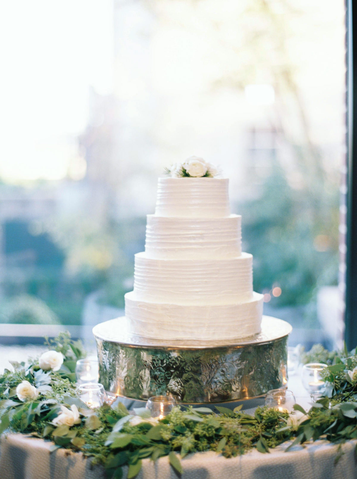 white wedding cake inspiration photo by Matoli Keely Photography