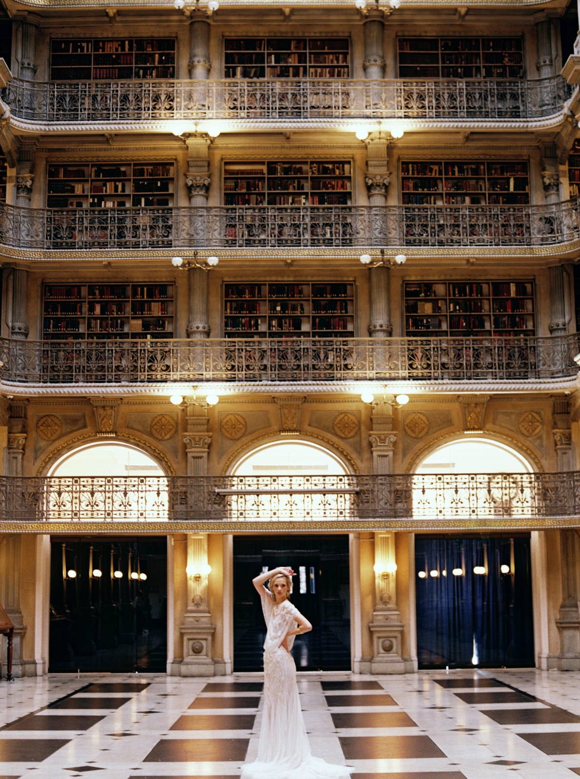 George Peabody Library Bridal Wedding Editorial_Matoli Keely Photography